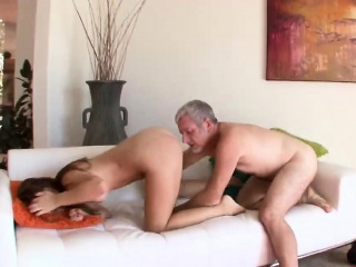 Ariana Grand fucked onerous by her stepdad